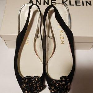 Anne Klein Black Suede Shoe